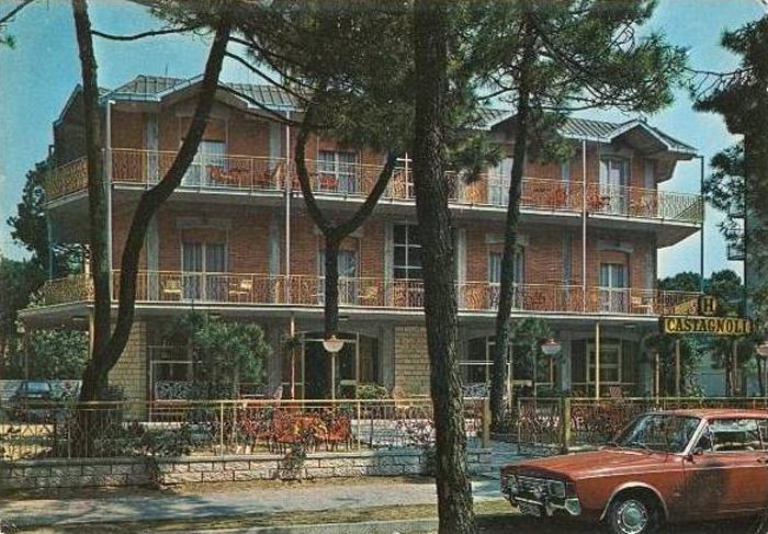 Hotel di milano marittima scomparsi for Hotel napoleon milano