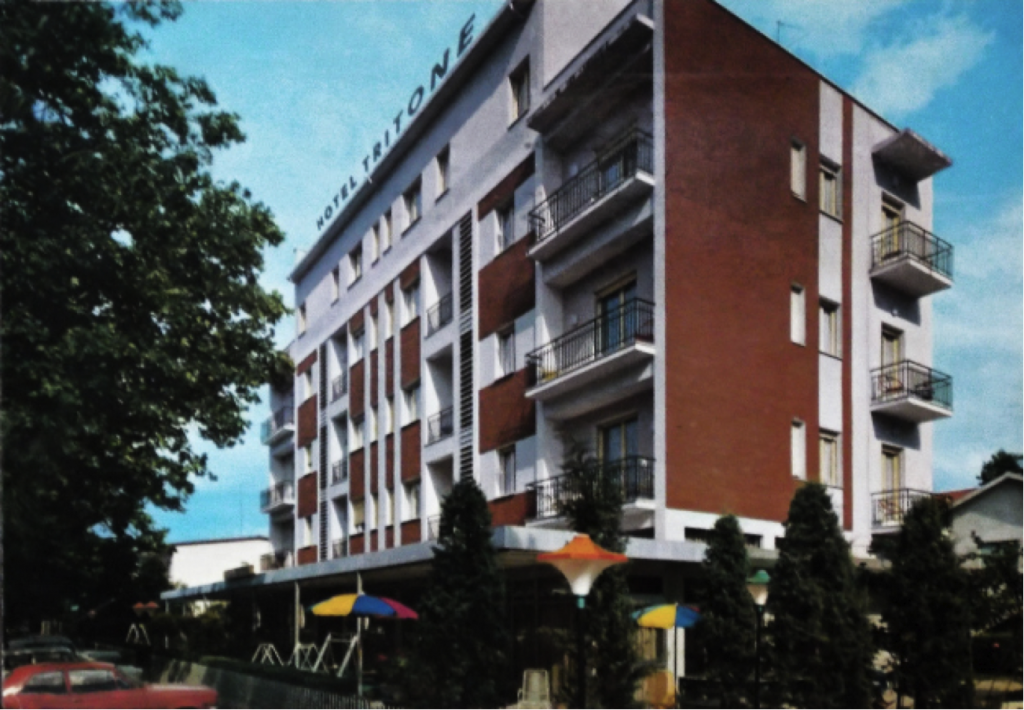 Hotel Tritone – Viale Ravenna, Fam. Valdré (oggi parcheggio multipiano)